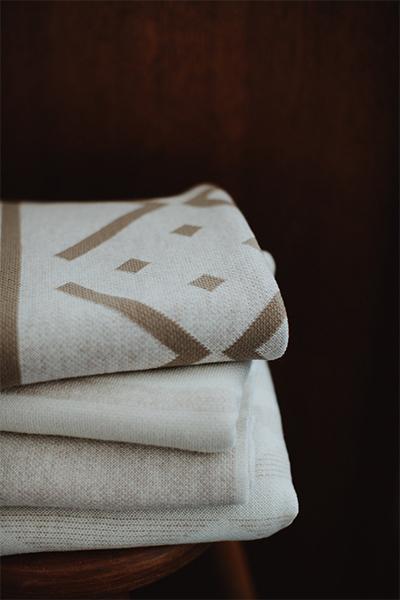 Jude-Blankets-Oatmeal