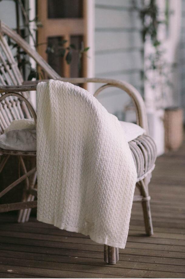 Fine-Cable-Baby-Blanket-Magnolia-E-Shop-Jude